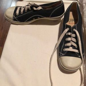 Chinese laundry laced heeled sneakers